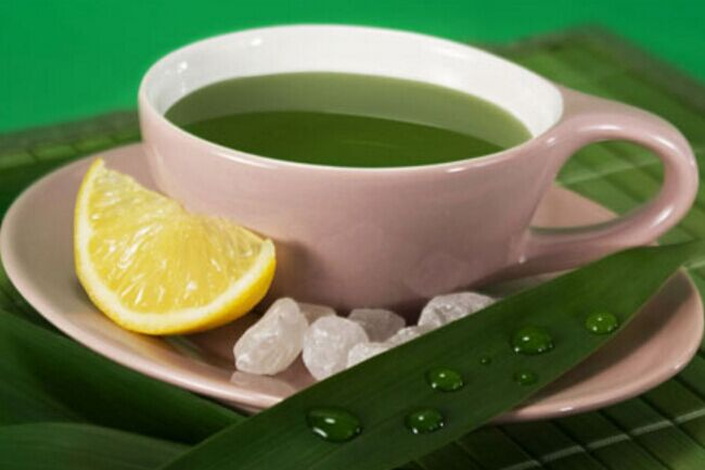 咽喉发炎该怎么办绿茶加冰糖一招搞定