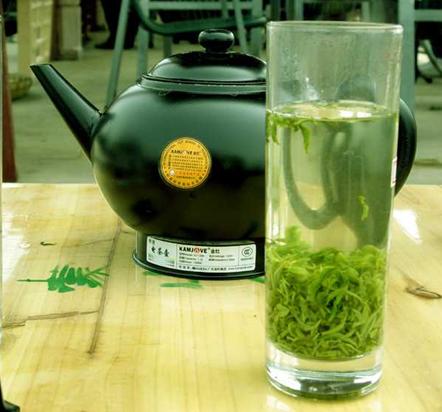 西湖龙井茶的泡法过程
