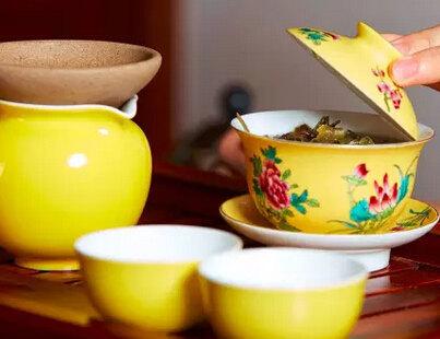 煮老白茶使用什么茶具?