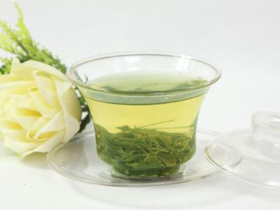 介绍崂山绿茶的制作工艺