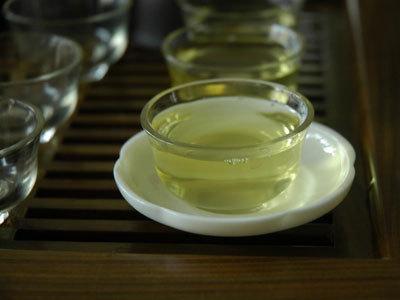 崂山绿茶的鉴别方法