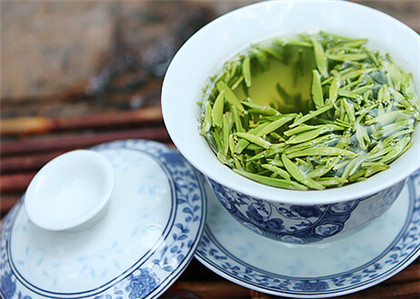 2015年竹叶青茶广告