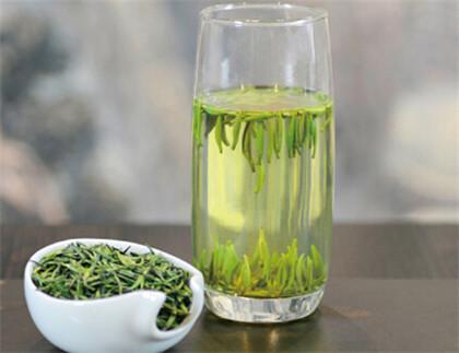 从竹叶青茶广告了解竹叶青茶的功效