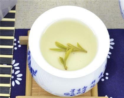 竹叶青茶网站介绍竹叶青茶的功效
