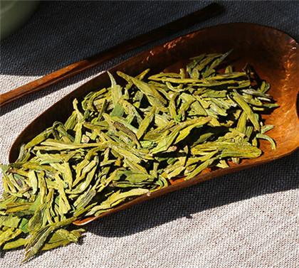 春、夏、秋日照绿茶多钱一斤?