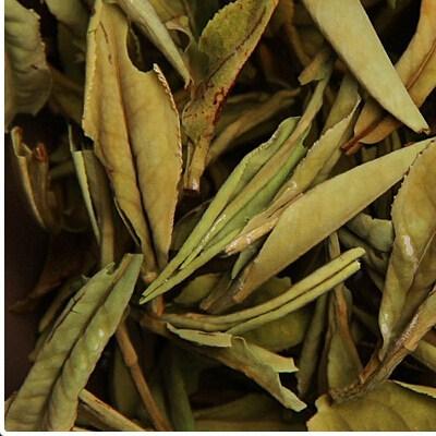 紫砂壶冲泡陈年寿眉茶的方法