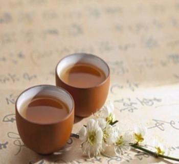 白茶的鉴赏方法是什么