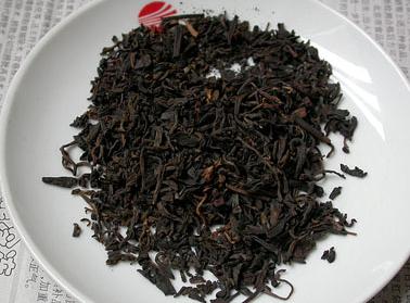 喝黑茶最宜减腹部脂肪