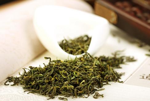 绿茶适合哪些人饮用?