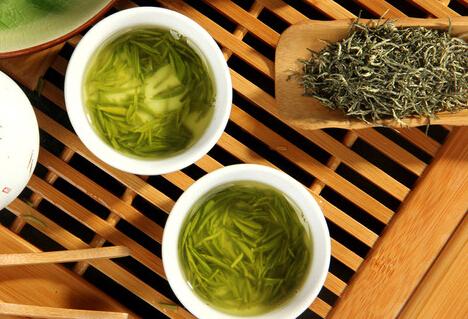 鉴别西湖龙井茶的方法