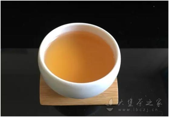 从一款茶样说起,消费者选购六堡茶应该关注的几个基础问题