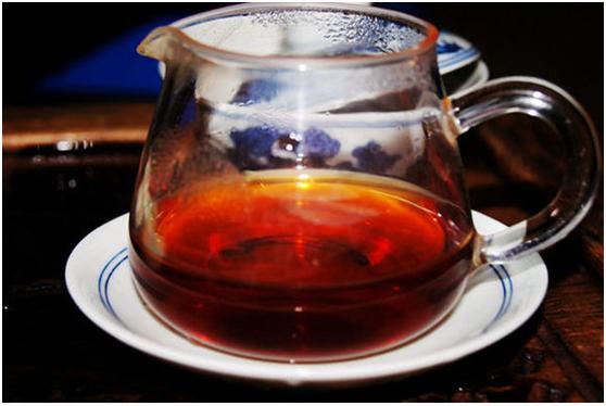 如何鉴别广西六堡茶的真伪