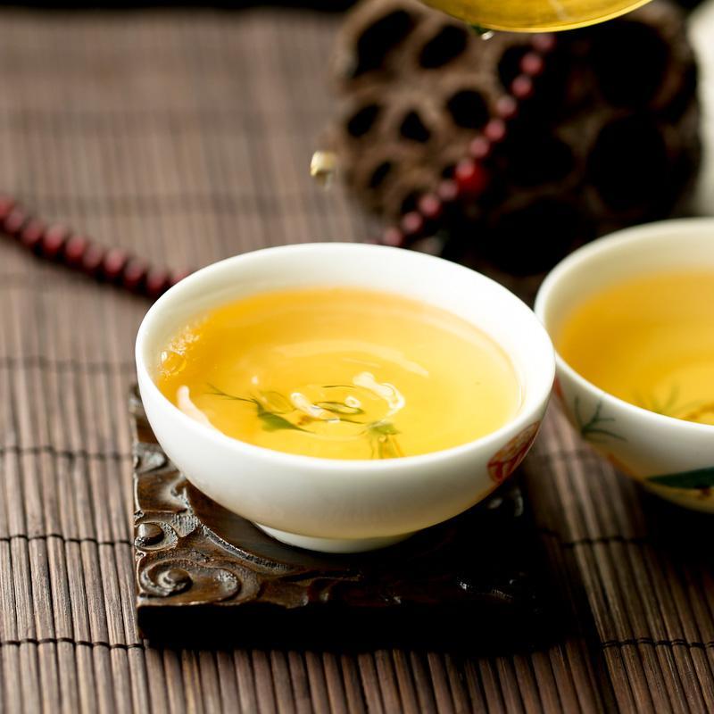 云南普洱茶具有滋味醇厚、汤色红褐、陈香显著、叶底红褐的品质特点