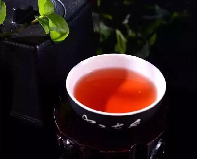 正确冲泡红茶的六大法则