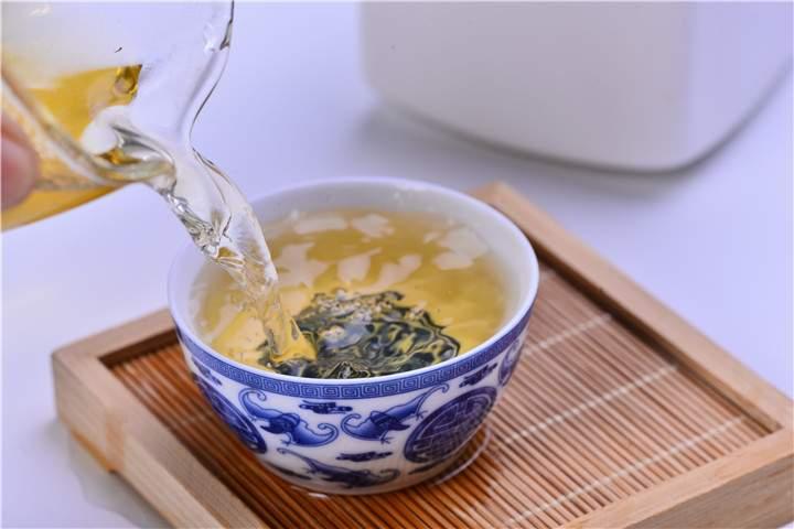"""如何看待普洱茶的""""春水秋香""""?"""