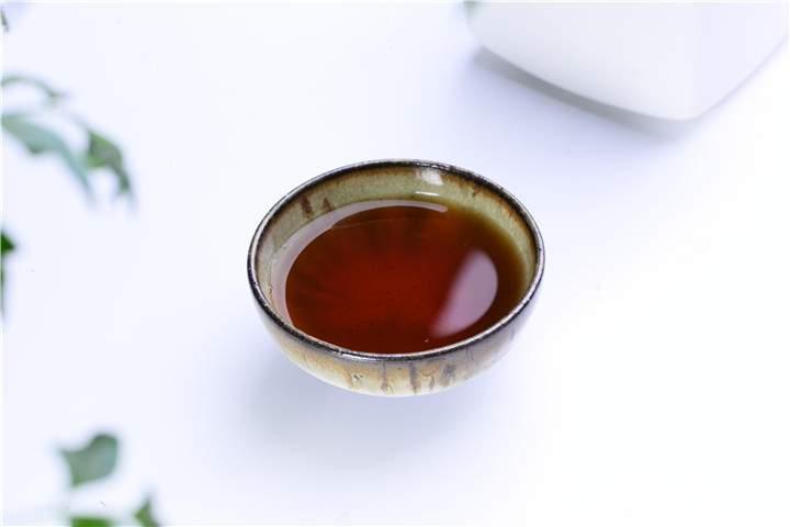 普洱茶够不够老,怎么分辨?