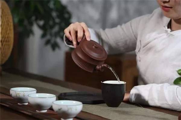 夏天也是可以喝普洱熟茶的!