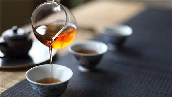 干仓普洱茶有何特点,怎么分辨?
