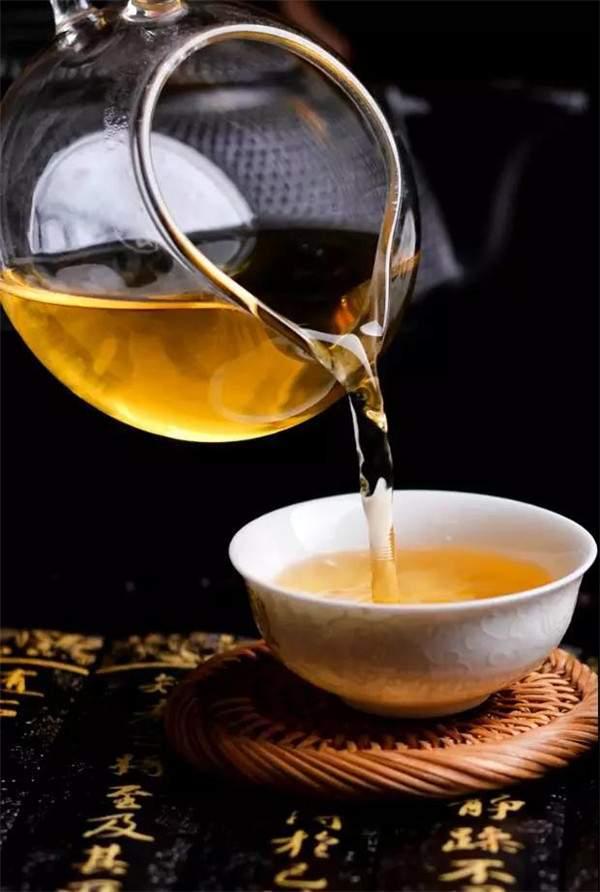 普洱茶市场要变天:芳村变化多端对市场将有什么影响?