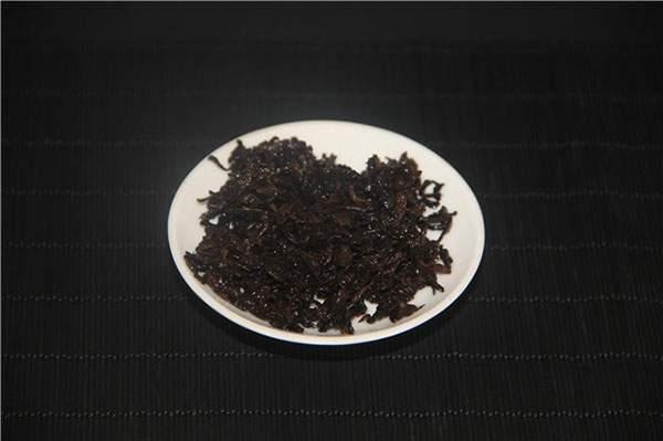 普洱熟茶相关问题精彩解析:熟茶是纯料好还是拼配好?