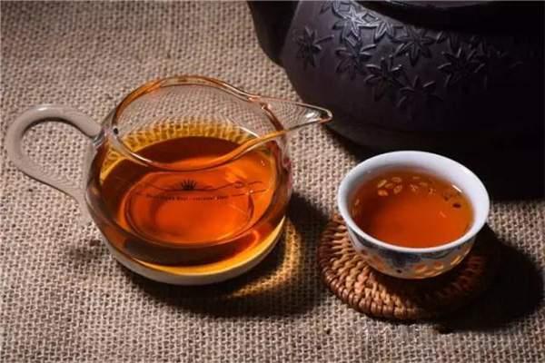 品味普洱茶的回甘