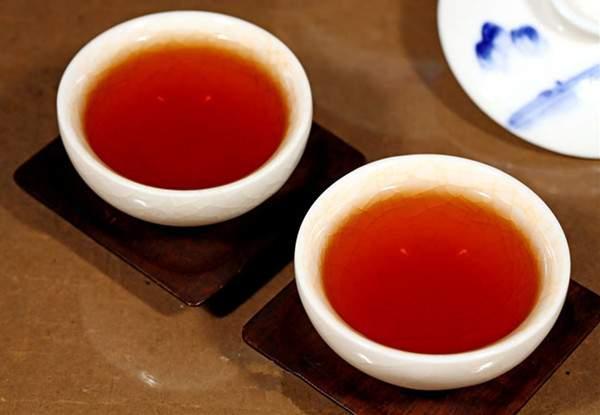 普洱茶属于哪个季节?
