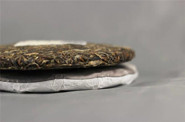 谈谈普洱茶的保质期与越陈越香