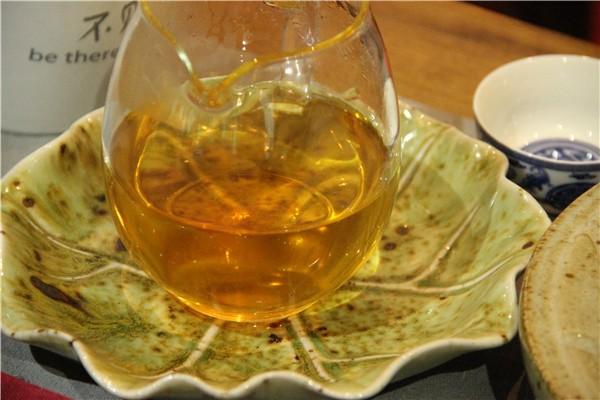 普洱茶的甘甜与陈香