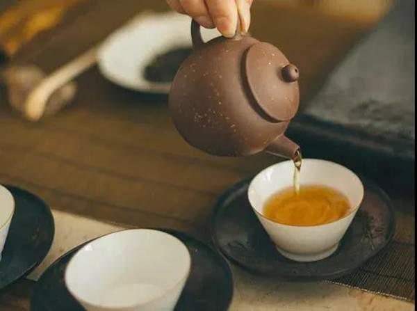 普洱茶的冲泡要领与紫砂壶泡茶法