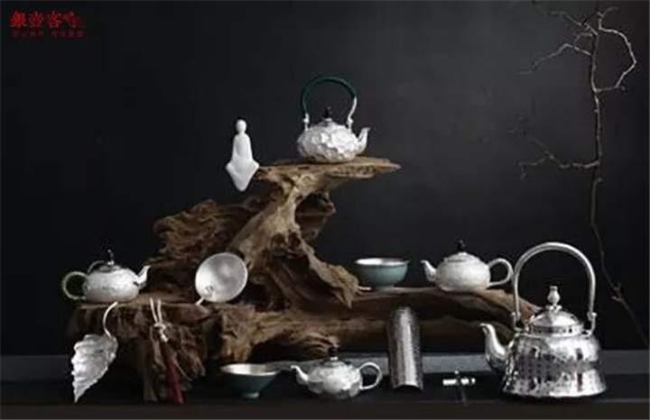 银壶客:银壶款式、形状、风格与使用者性格的联系