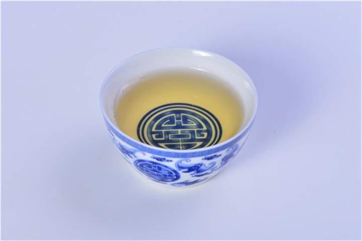 紫砂壶如何巧除茶垢留住包浆?