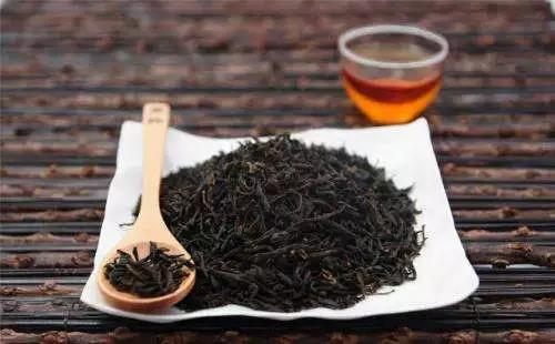 春节吃喝造成脾胃虚寒,喝这几款茶调理一下吧!