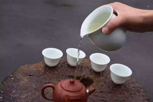 """古代茶事典故王肃自贬茶叶为""""酪奴"""""""