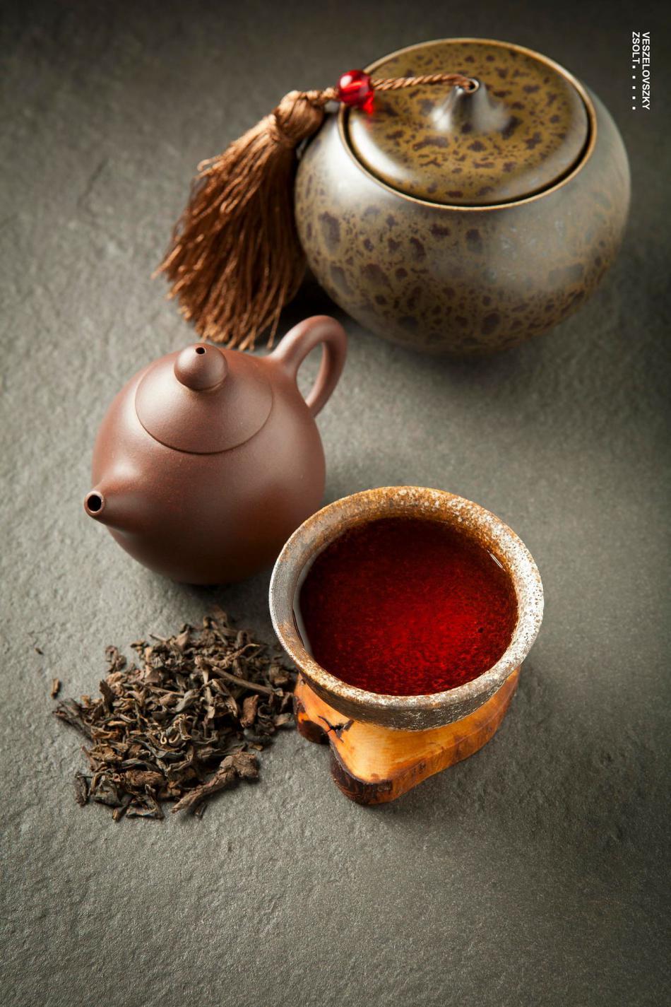 伴茶圣以助茶香