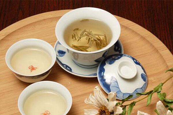 白茶美容功效有哪些?