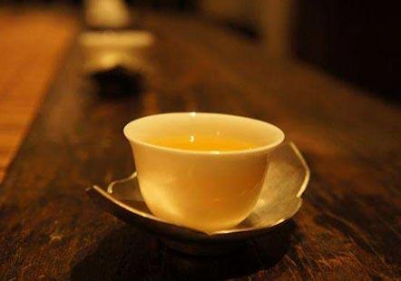 炎热夏日,晚上爱喝茶的注意了