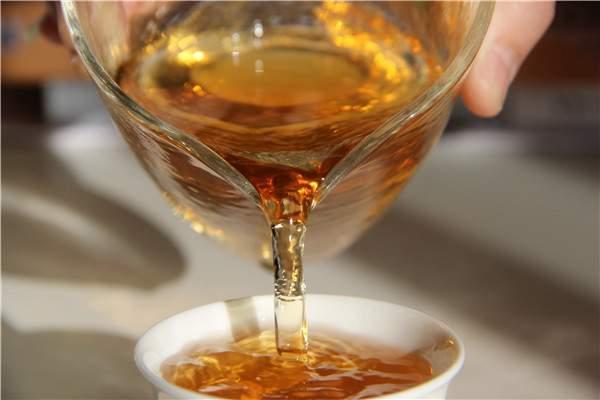 这种冲泡操作容易毁坏普洱茶