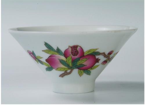 什么是彩瓷茶具