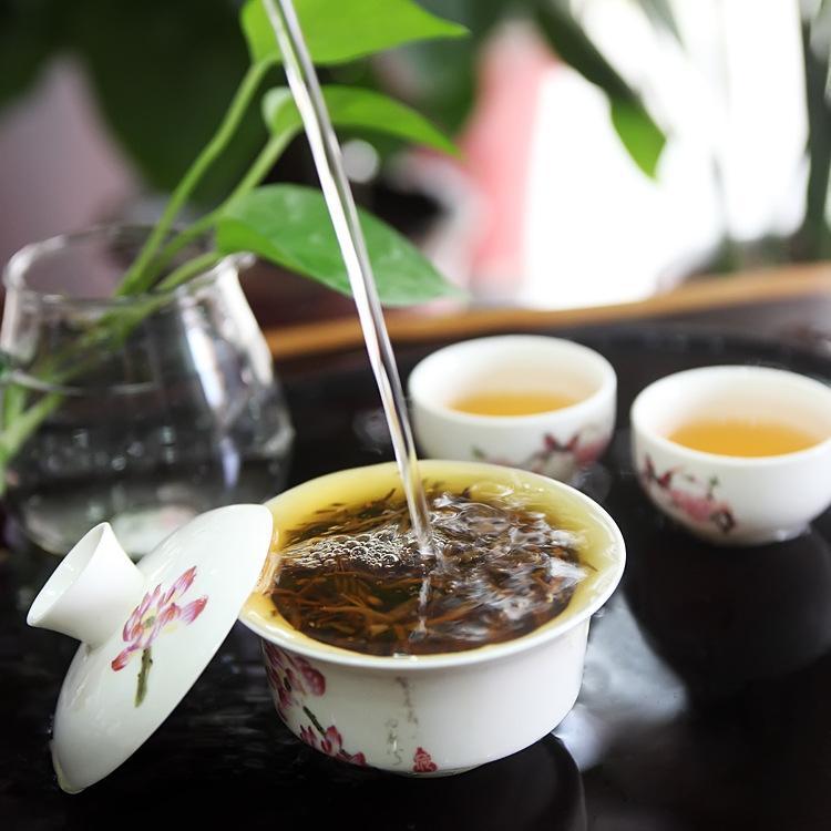 如何识别好的山泉水煮茶
