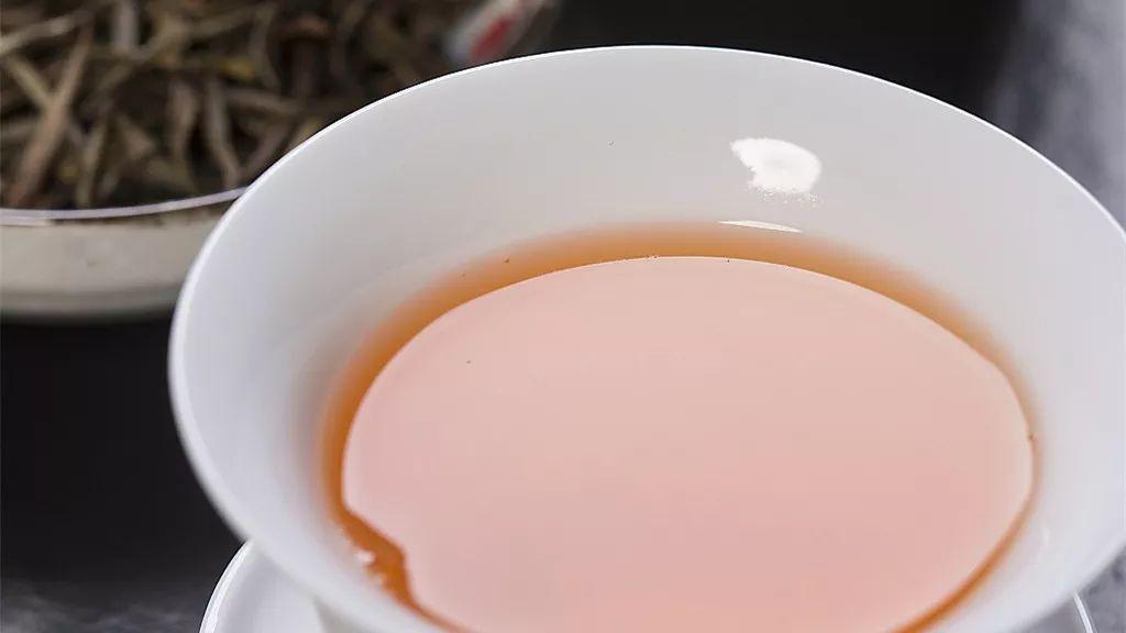 喝茶越喝越渴?真相在这里