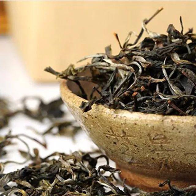 想存普洱茶选生茶好还是熟茶好?