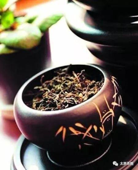 黑茶中的美容成份