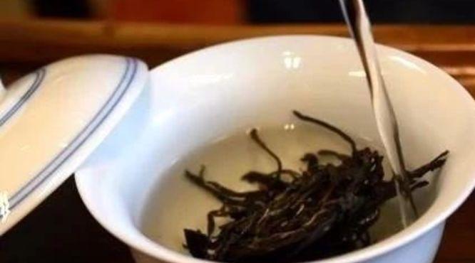 一泡茶叶冲泡多少次才是合理的、健康的?丨知识