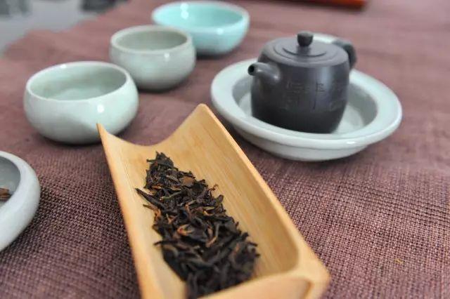 冬日里,怎样选茶喝茶最好?