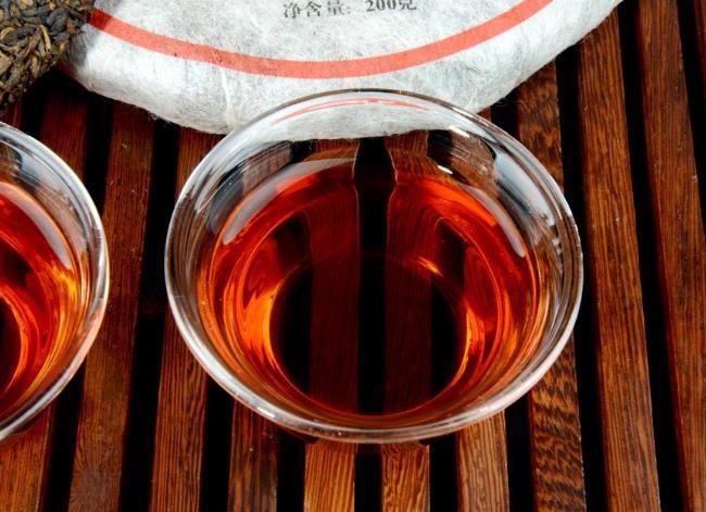 祁门红茶的艺术价值茶具对茶汤的影响
