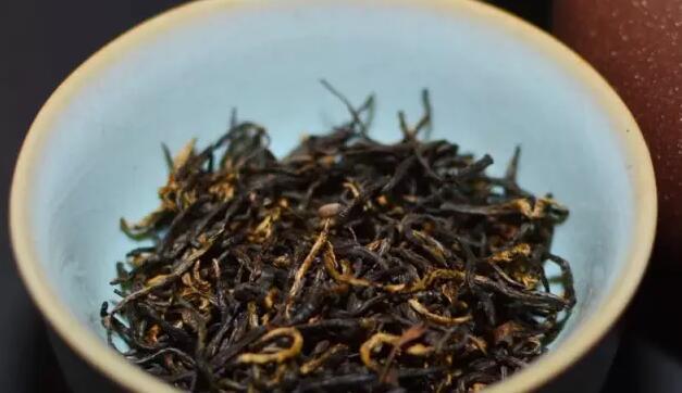 正山小种和滇红哪个好?祁门红茶和小种哪个好喝?