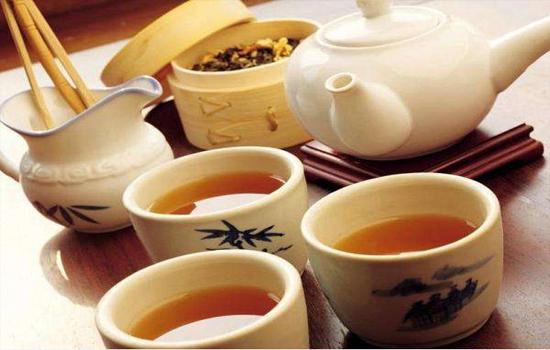 大红袍和祁门红茶哪个好?你喜欢喝红茶还是绿茶?
