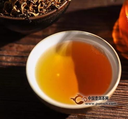 茗纳百川丨金芽滇红茶礼盒