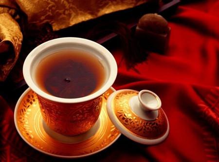 健康养生云南滇红茶的功效