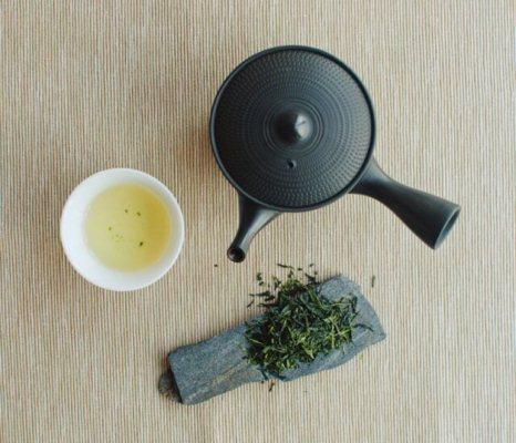 据说喝上滇红茶你就会越来越棒